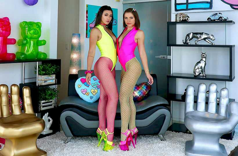 Adriana And Brooklyn Are Partners In Slime