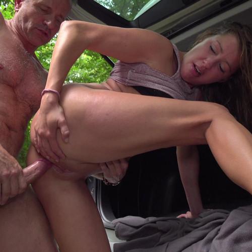 Fucking Street – Elisa Tiger – Sexy whore fucks stranger for lift