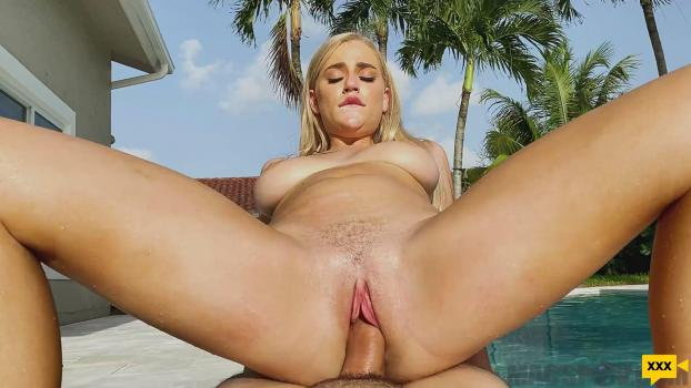 MAC's POV – Blake Blossom Comes Over for a Dip in the Pool!